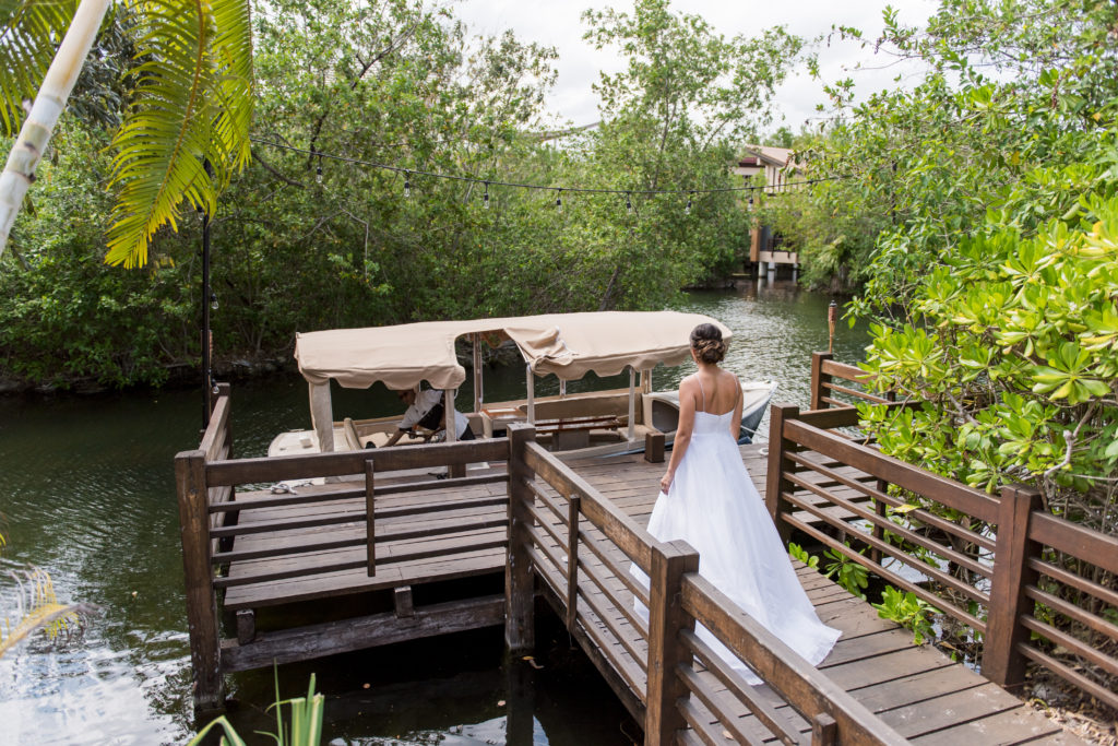 bride in mayakoba